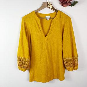 [AVA & VIV] Mustard Crochet V-Neck Top